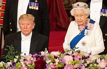 Kraliçe II. Elizabeth'ten Trump onuruna akşam yemeği