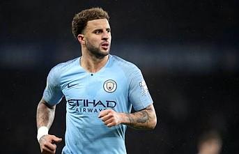 Manchester City Kyle Walker'ın sözleşmesini yeniledi