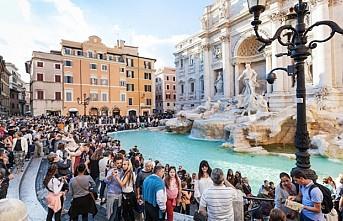 İtalya'da turistlere yüzlerce Euro hamak ve kahve cezası