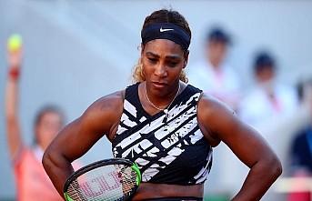 Serena Williams 10 bin dolar para cezasına çarptırıldı