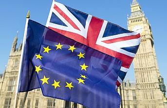 AB İngiltere ile Brexit'i görüşmeye hazır