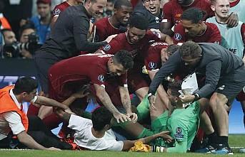 Liverpool, Adrian'ı sakatlayan taraftarı UEFA'ya şikayet etti