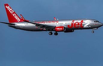 Pilot bayılınca uçağı yolcu indirdi