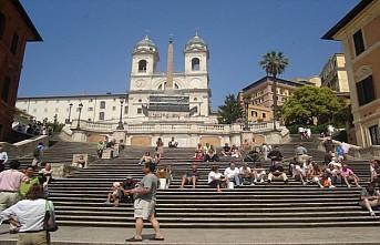 Roma'da İspanyol Merdivenleri'ne oturma yasağı