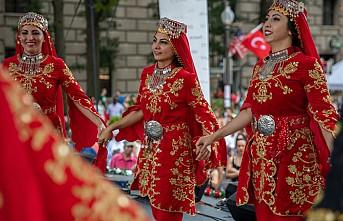 ABD'de  Geleneksel Türk Festivali'ne büyük ilgi