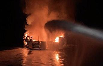 ABD'de teknede yangın: 33 kişi kayıp