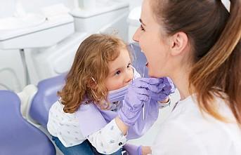 Diş eti hastalığı erken doğum sebebi mi?