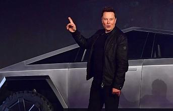 Elon Musk, 'cam skandalına' rağmen aldığı araç siparişini açıkladı