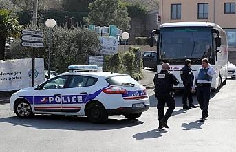 Fransa'da geçim sıkıntısı yaşayan bir öğrenci kendini ateşe verdi
