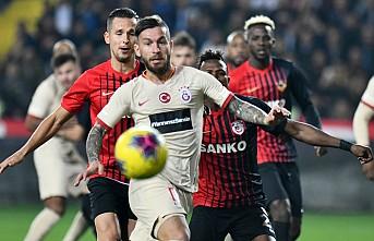 Galatasaray, Gaziantep'te 2 golle 3 puanın sahibi oldu