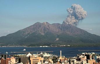 Japonya'da Sakurajima Yanardağı patladı
