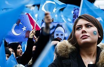 Çin'in Uygur Politikası Protesto Edildi