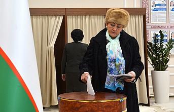 Özbekistan halkı sandık başında