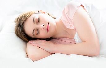 """Uyku apnesi hastalarına """"felç"""" uyarısı"""
