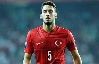 Arsenal, Hakan Çalhanoğlu ile ilgileniyor