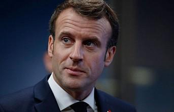 Macron'un bulunduğu yeri paylaşan gazeteciye gözaltı