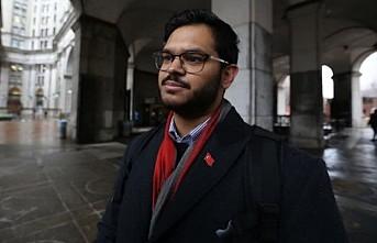New York'ta bindiği taksinin şoförü Türk bayrağı rozetini görünce ücret almadı