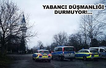 Almanya'da Camiye Bomba İhbarı