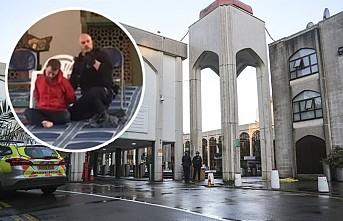 Londra Merkez Camiinde Din Görevlisine Bıçaklı Saldırı