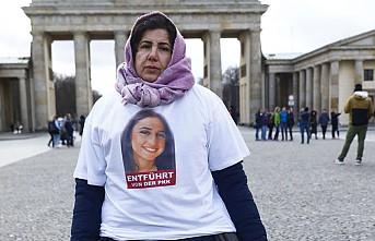 PKK Tarafından Kızı Kaçırılan Maide T'nin Almanya'daki Eylemi Sürüyor