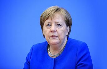 Merkel'e göre AB, kuruluşundan bu yana en büyük sınavda