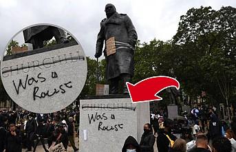 Churchill'in Heykeline 'Bir Irkçıydı' Yazdılar!