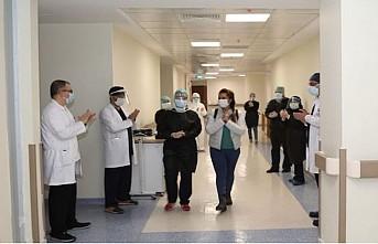 Türkiye'de Kovid-19'dan 203 bin 2 kişi iyileşti