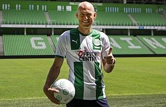 36 yaşındaki Robben sahalara döndü