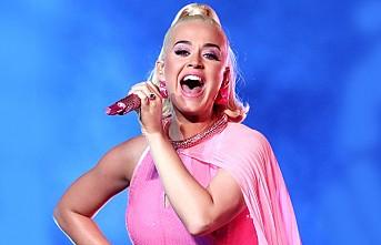 Katy Perry Ölümün Kıyısından Dönmüş!