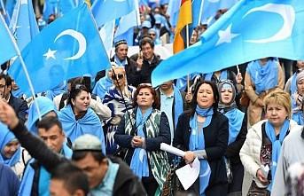 İngiltere'de Uygur Türkleri İçin Çin'e Soykırım Davası