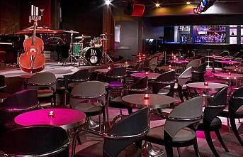 Paris'te bütün barlar iki hafta kapalı