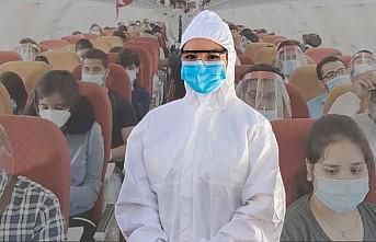 Uçak Yolcularına 'Sağlık Vizesi' Dönemi