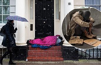 Koronavirüs İngiltere'de 700 Bin Kişiyi Daha Yoksullaştırdı