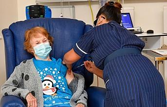 İngiltere'de Koronavirüs Aşısı Başladı