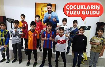 İngiltere Türk Dünyası Dayanışma Platformu'ndan 'İyilik Hareketi'