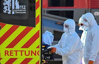 Almanya'da günlük Kovid-19 vaka ve ölü sayıları 'yüksek' seviyede seyretmeye devam ediyor