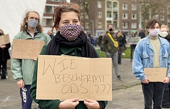 Hollanda'da, Polis Şiddeti Ve Irkçılığa Protesto