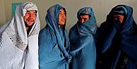 Afgan erkekler neden burka giydi?