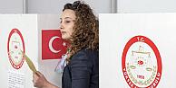 Avrupadaki Türk vatandaşları sandık başında