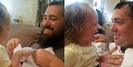 Babasını sakalsız görünce kıyameti kopardı