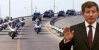 Başbakan Davutoğlunun konvoyunda trafik kazası