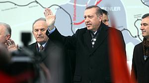 Başbakan Erdoğan TÜSİAD ve CHP'ye yüklendi
