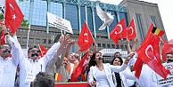 Belçikalı Türkler dünyaya seslendi: Bizi de dinleyin!