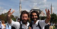 Beş kuruşsuz dünya turuna çıkan ikili İstanbulda