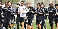 Beşiktaş, Tottenham Hotspur maçı için Londrada