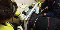 Çamaşır makinasına sıkışan Avustralyalı 3 saat sonra kurtarıldı