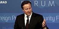 Cameron, sürü dediği göçmenlere kapıları kapadı