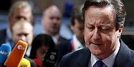 Camerondan mülteci kurtarmaya şartlı destek