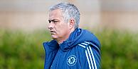 Chelsea, Jose Mourinhoya sahip çıktı