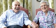 Dünyanın en yaşlı yeni evlenenleri